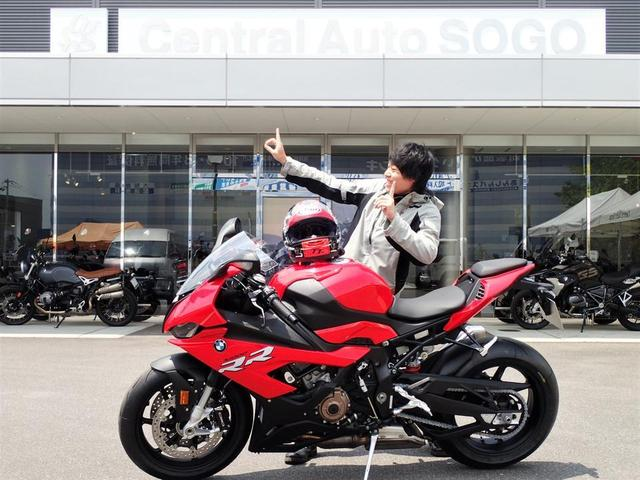 納車式 NEW S1000RR Racing Red!